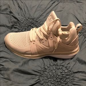 APL Shoes - APL Beige sneaker - NWOT Reposh worn once 👟👟